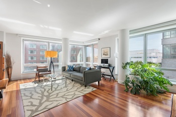 Amazing 4 bed/ 4.5 bath in Battery Park City!
